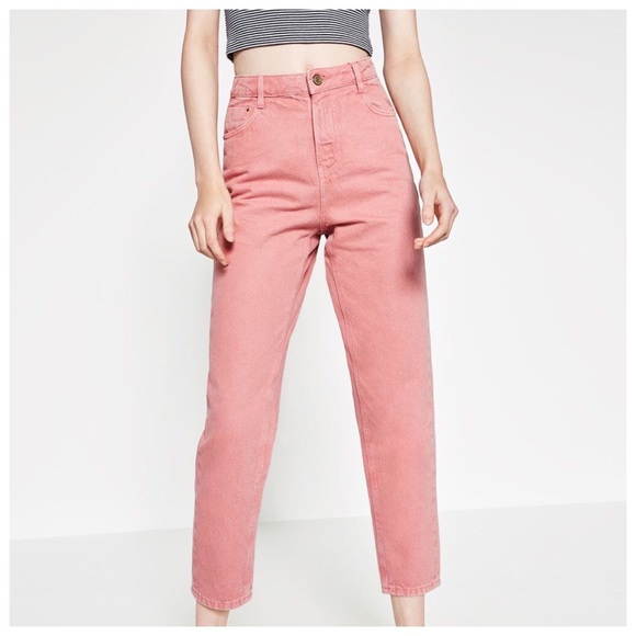 0e0c69383c Zara Trafaluc High Rise Mom Fit Jeans Pink Size 2